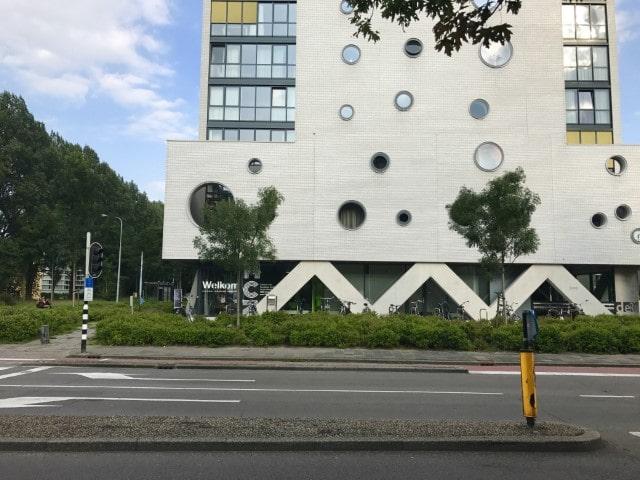 Diëtistenpraktijk Medisch Centrum Zuid Wijert Groningen - Carin Pool (buitenkant gebouw Rokade)